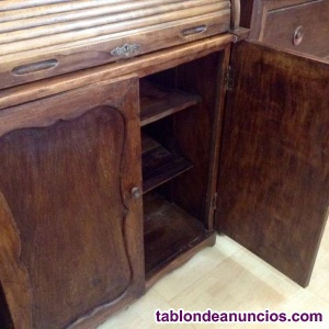 Antiguo escritorio secreté.