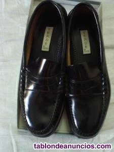 Zapatos, mocasines, botas