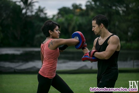 PERSONAL TRAINER/ FITNESS & KICK BOXING