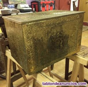 Caja de latón inglesa