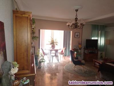 Piso de 90 m2, 2 habitaciones a 500 metros de la playa, Torrevieja.
