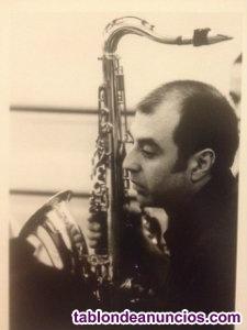 Clases de saxofón y guitarra