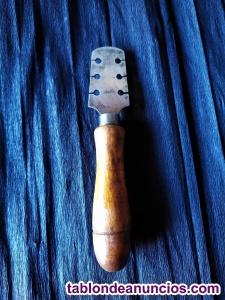 Enderezador de dientes de sierra de carpintero
