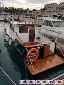 Venta de barco a motor exclusivo