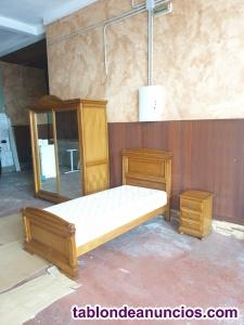 Habitación: Armario, cama y mesita