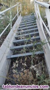 Escaleras de hierro de varias medidas