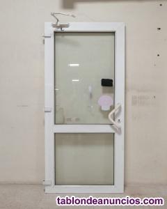 Puerta PVC 97,5X222CM sin marco