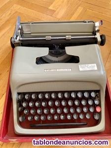Vendo Maquina de Escribir Olivetti Studio 44