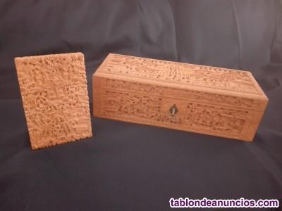 Tarjetero y caja de sandalo