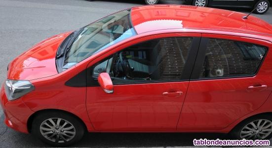 Toyota Yaris 1.3 como nuevo