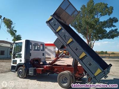 Camión basculante obra iveco eurocargo 60 e 12