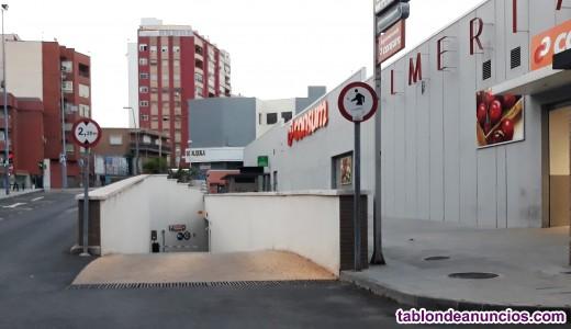 Amplia plaza garaje
