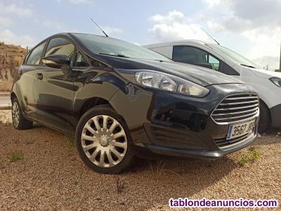 Ford Fiesta 1.0 año 2015 - gasto de combustible muy bajo.