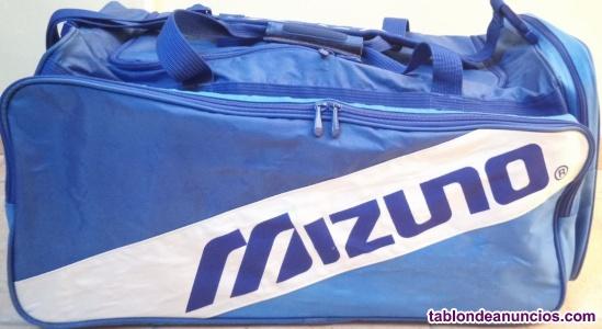Bolsa de deportes de la prestigiosa marca Mizuno modelo holdall