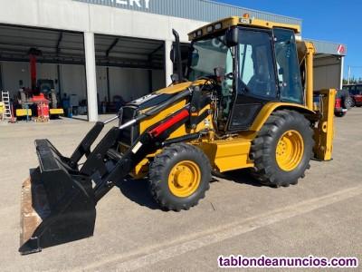 Tractor JOHN DEERE 5515 CON PALA.