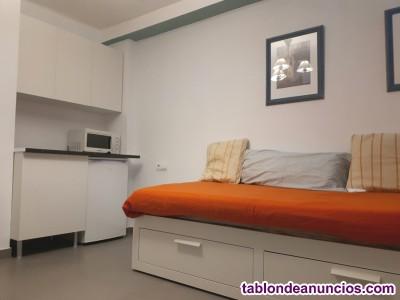 Habitacion Para 1 persona - No Fumadora- con baño y cocina independiente