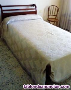 Vendo elegante cama de caoba
