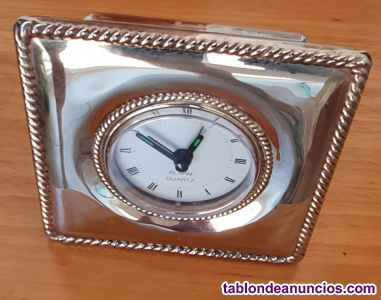 Reloj sobremesa alarm QUARZ