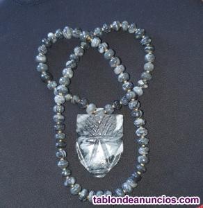 Collar de Dios Azteca tallado a mano