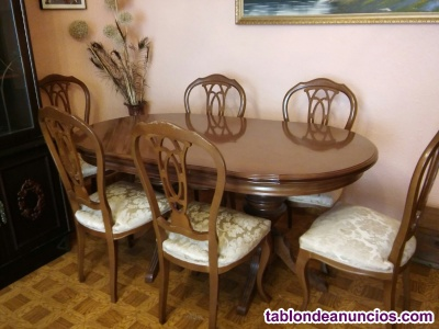 Mesa clásica de comedor con 6 sillas