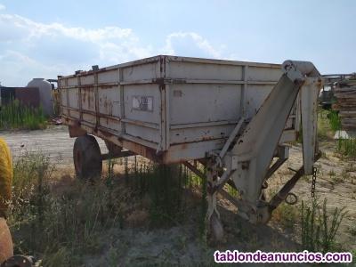 Remolque para tractor Goval sin papeles