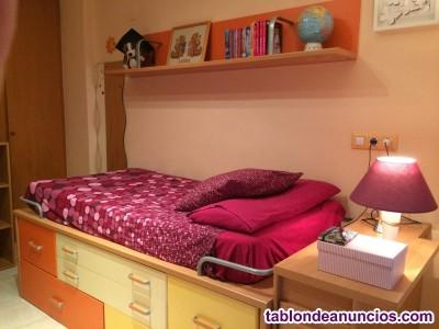 Vendo dormitorio juvenil casi nuevo. Incluye colchón