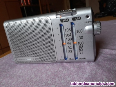 Radio Portatil AM/FM Panasonic RF-U160D