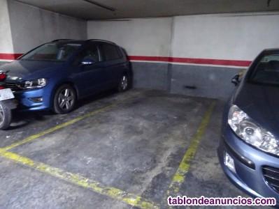 Alquiler de plaza de parking para coche grande o monovolumen