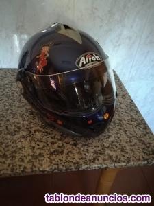 Chaqueta y casco de moto