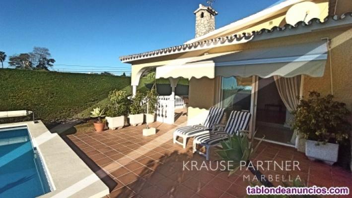 Chalet con piscina - Elviria - Marbella