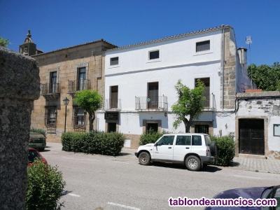 Vendo gran casa  perteneciente al palacio de los Bravo