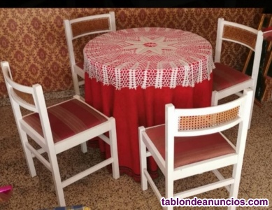 Vendo mesa camilla redonda con cuatro sillas
