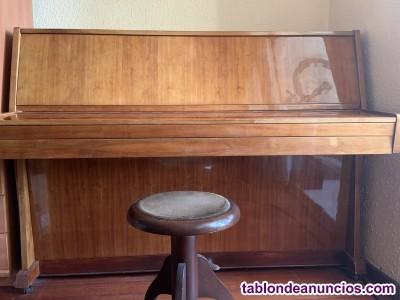 Vendo piano acústico de pared en perfecto  estado