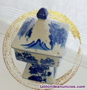 Caja Jarrón de porcelana con motivos japoneses
