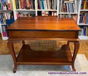 Mesa clásica de escritorio