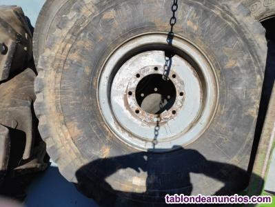 Ruedas delanteras tractor pala