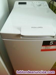 Lavadora carga superior marca INDESIT