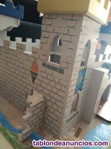 Castillo infantil de madera