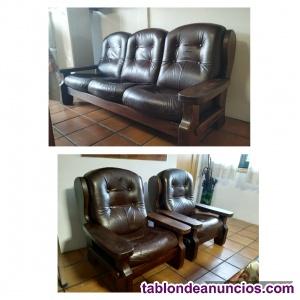 Sofas de piel y madera 3P +2 individuales