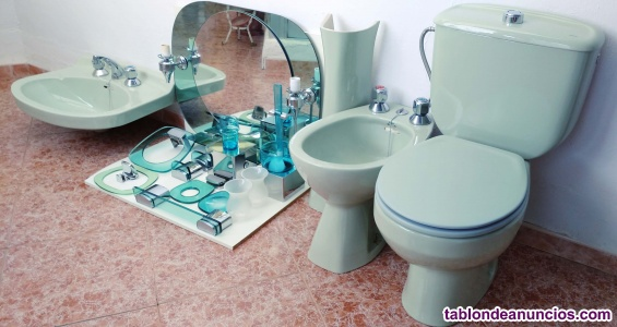 Vendo baño completo (sanitarios y accesorios)