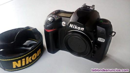 Cuerpo cámara Réflex digital Nikon D70 + 4GB