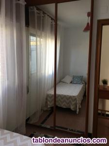 Se alquila bella habitacion en casa