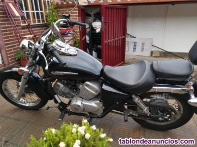 Honda Shadow bicilindrica de 125cc