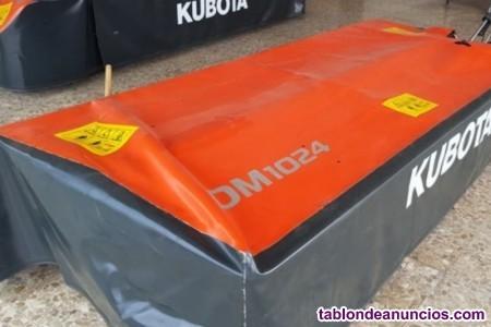 Segadora rotativa kubota dm 1024