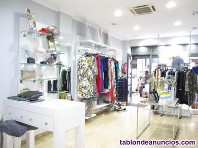 Se traspasa tienda de moda, ropa exclusiva y accesorios mujer