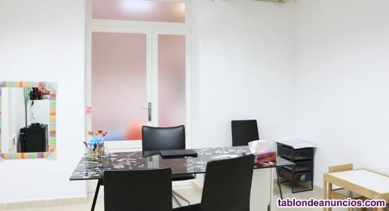 Alquilo despacho para salud / educación