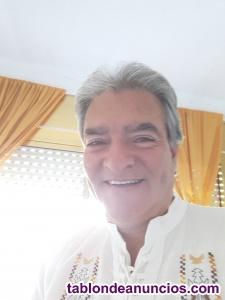Profesor colombocanadiense imparte clases de ingles