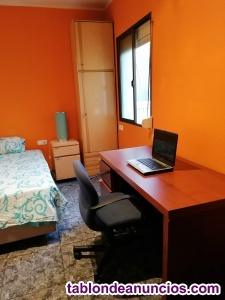 Alquilo dos habitaciones en diagonal Mar (gastos incluido )Hola Buenas a todos !
