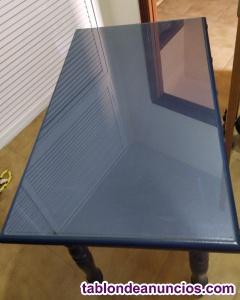 Mesa de madera de pino maciza con cristal a medida