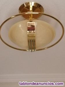 Vendo lampara de techo dorada